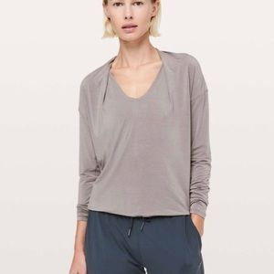 Lululemon Deep Stretch Long Sleeve Tee Top Size 2